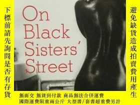 二手書博民逛書店On罕見Black Sisters Street by Chi