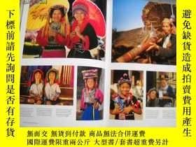 二手書博民逛書店Thailand:罕見A Travel Adventure 英文