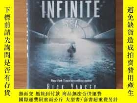 二手書博民逛書店The罕見Infinite SeaY198987 Rick Ya
