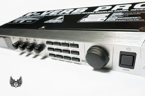 【敦煌樂器】【福利品】Behringer REV2496 機櫃型效果器