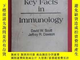 二手書博民逛書店英文書罕見Key Facts in 免疫學提要Y15969