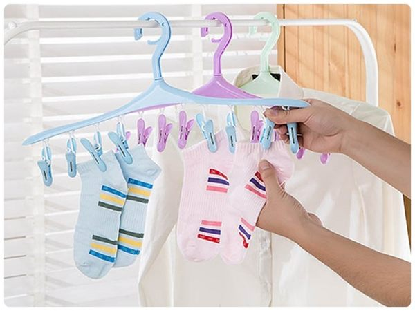 【8夾晾衣架】防風掛鉤8個夾子 360度旋轉曬衣架 衣夾晾曬架 衣架 襪子曬襪夾 內衣 內褲