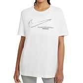 Nike AS W NSW Tee Boy Swoosh 女 白 寬版 大LOGO 運動 短袖 DB9812-100