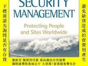 二手書博民逛書店Risk罕見and Security Management: Protecting People and Site