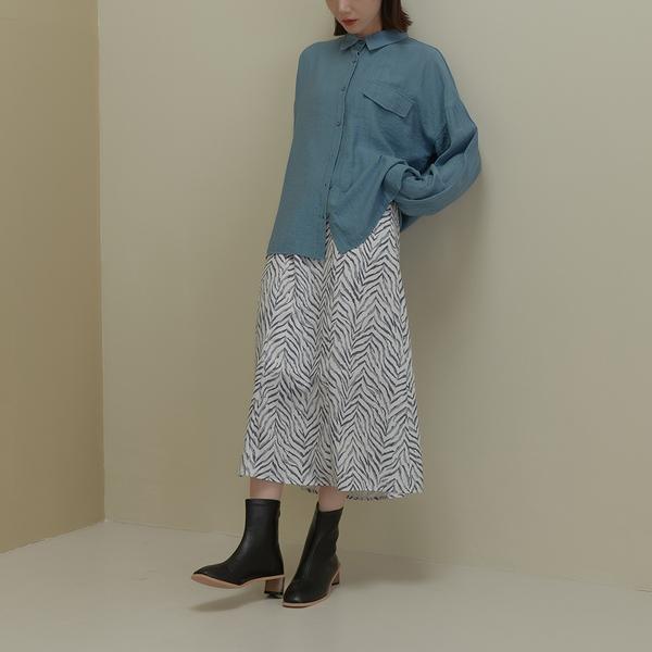 Queen Shop【03020979】微霧光澤斑馬紋造型雪紡長裙 兩色售 S/M*現+預*