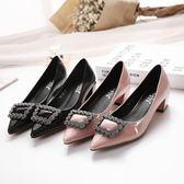新款方跟粗跟尖頭鞋 方扣水鑽鞋 中跟鞋【多多鞋包店】z7056