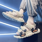 夏季男士涼鞋2021新款潮流外穿ins羅馬沙灘拖鞋青少年休閒涼拖鞋 依凡卡時尚