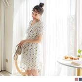 《DA7908》甜美漸層圓點V領抓皺透膚絲紋小拋袖短洋裝 OrangeBear