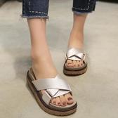 時尚拖鞋韓版休閒拖鞋女夏外穿時尚涼拖中跟厚底室外鬆糕鞋沙灘鞋春季特賣