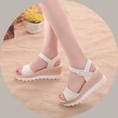 新款涼鞋女夏季厚底韓版學生中跟高跟松糕底休閑沙灘鞋女鞋Mandyc