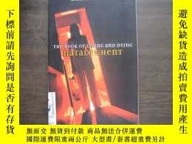 二手書博民逛書店THE罕見BOOK OF LIVING AND DYING205