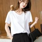 白色V領短袖t恤女寬鬆夏季2021年新款雞心領女裝素色夏裝黑上衣服 童趣屋 免運