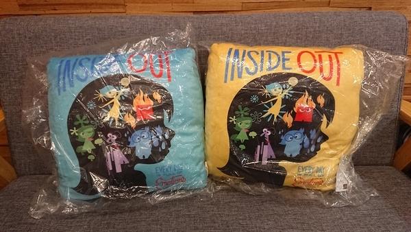 【現貨】《迪士尼》正版授權【腦筋急轉彎】Disney 驚驚憂憂樂樂厭厭怒怒乒乓 方型抱枕