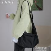 斜挎包女日系工裝黑色背包大學生上課包男大包包單肩包女挎包『小淇嚴選』