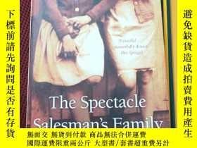 二手書博民逛書店The罕見Spectacle Salesman s Family
