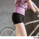 為了讓穿著及活動的舒適度更好,腰部的設計為加寬反折,抹平小腹又不擠壓。