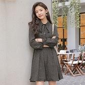 長袖洋裝-雪紡點點印花蝴蝶結連身裙2色73xm32[時尚巴黎]