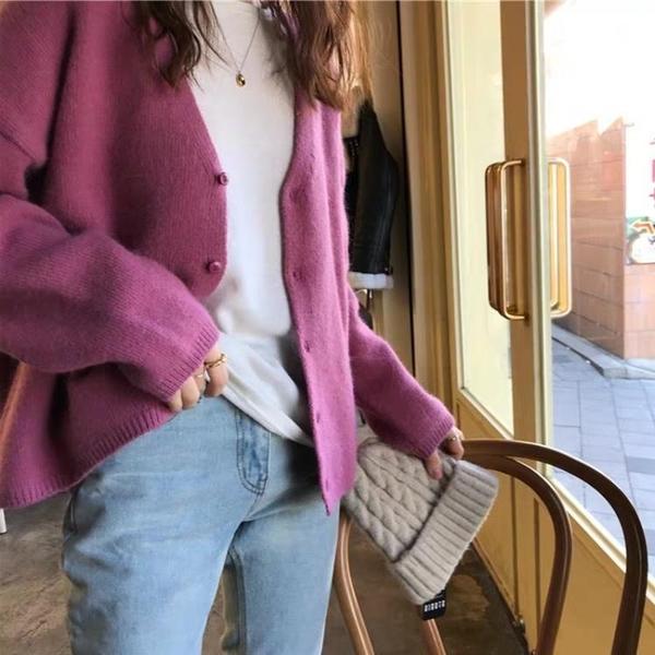針織外套 紫色毛衣外套女秋冬新品寬鬆慵懶風V領外穿針織開衫上衣服女【快速出貨】