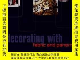 二手書博民逛書店Decorating罕見with Fabric & Patter