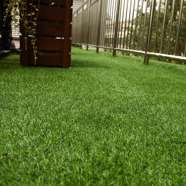 人造綠色仿真塑料草坪地毯墊子幼兒園陽台裝飾植物人工假草皮戶外 YDL