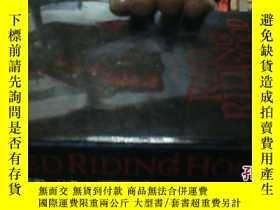 二手書博民逛書店RED罕見RIDING HOOD【英文原版】4953 SARAH
