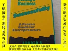 二手書博民逛書店Buying罕見and Selling a Business--