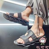 涼拖鞋男夏季外穿沙灘拖鞋室外休閒一字涼鞋【桃可可服飾】