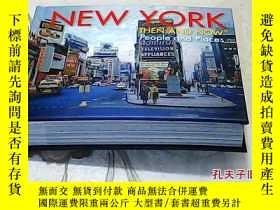 二手書博民逛書店New罕見York Then and Now: People a