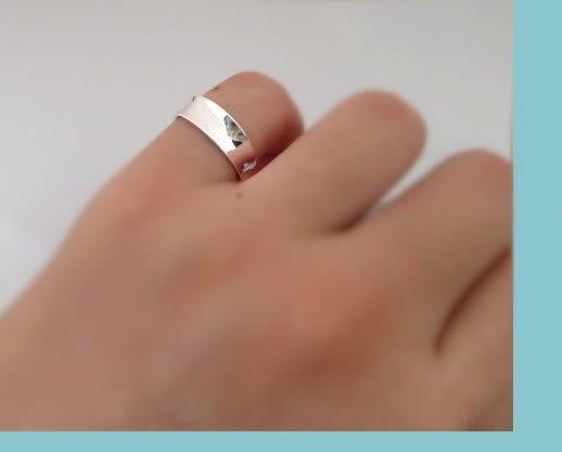 ☆§海洋盒子§☆亮面凹型拋光設計。開口式純銀戒指《925純銀》