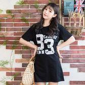 連身裙--休閒風個性數字印花撞色寬鬆修身圓領短袖長版上衣(白.黑L-3L)-U542眼圈熊中大尺碼