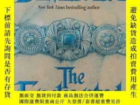 二手書博民逛書店魔幻大地罕見the enchanted land(英文原版玄幻小