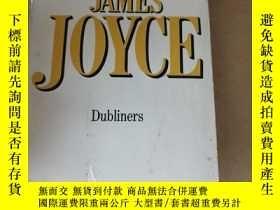二手書博民逛書店JAMES罕見JOYCE DublinersY220588 JAMES JOYCE A TRIAD GRAFT