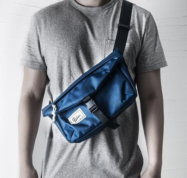 國際 超級優惠 爆炸推薦 店長愛用 小款 郵差包 飛死包 腰包 側背包 品質超好