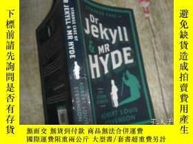 二手書博民逛書店The罕見Strange Case of Dr. Jekyll and Mr. Hyde基爾博士和海德先生的奇怪案