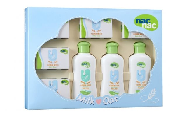 『121婦嬰用品館』nac 牛奶燕麥潔膚理膚禮盒8件組