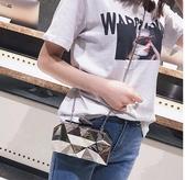 新品新款歐美時尚女包包晚宴金屬手拿包潮斜背鍊條小方包