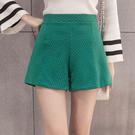 88柑仔店-秋冬新款女裝時尚復古優雅壓紋大碼高腰顯瘦闊腿西裝短褲女學生   (A0313)