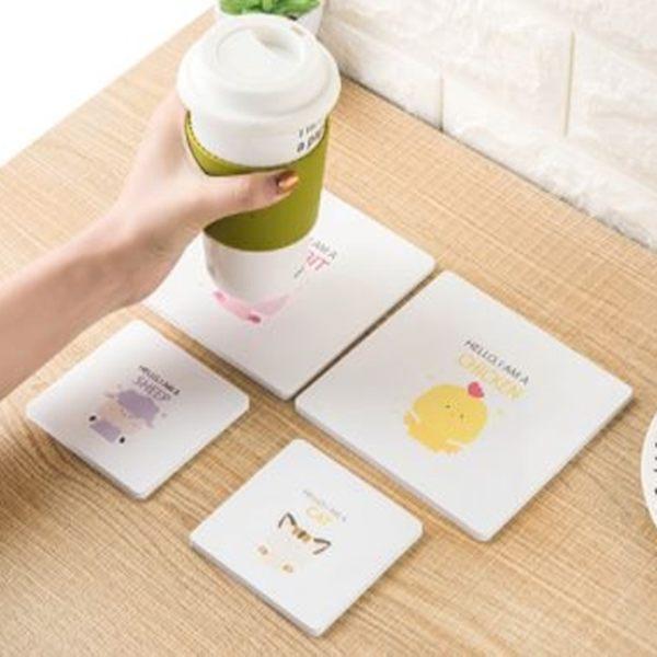 [拉拉百貨]大號杯墊 木質英文哈囉動物杯墊 可愛卡通動物 純白 隔熱杯