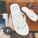 找到自己 MD 日系 流行時尚 潮 男 舒適百搭 防滑 洞洞涼拖 人字拖 拖鞋 海灘鞋