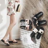 新款拖鞋女時尚一字拖平底外出沙灘鞋外穿厚底防滑涼拖鞋夏季 萬聖節
