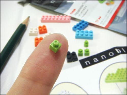 【日本KAWADA河田】Nanoblock迷你積木-聖誕老人與雪花聖誕樹 NBC-099