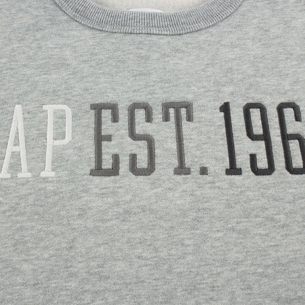 Gap男童 Logo刺繡簡約風格休閒上衣 619563-淺灰色