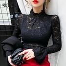 蕾丝打底衫 2020年秋裝新款歐貨復古高領緊身鏤空蕾絲打底衫女長袖喇叭袖上衣 Cocoa