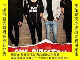 二手書博民逛書店One罕見Direction: The Official Annual 2016Y449926 One Dir