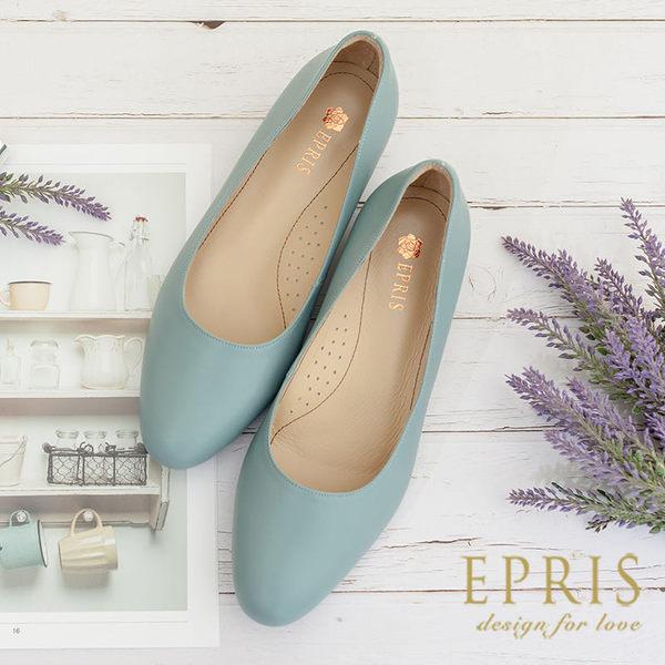 現貨 圓頭低跟娃娃鞋推薦 全真皮舒適好穿跟鞋 大尺碼婚鞋 版型偏大 26.5-27 EPRIS艾佩絲-琥珀咖