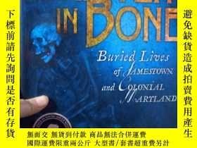 二手書博民逛書店Written罕見in Bone: Buried Lives o