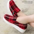 現貨-懶人鞋-英倫格紋厚底休閒帆布鞋...