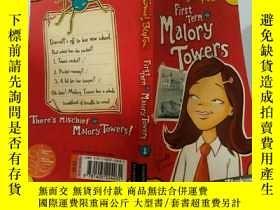二手書博民逛書店First罕見Term At Malory Towers:馬洛裏大廈第一學期Y200392