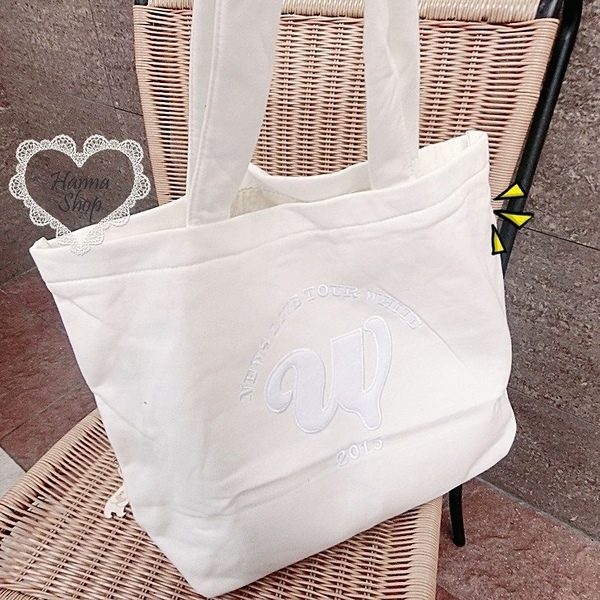 《花花創意会社》外流.NEWS LIVE TOUR白色超大棉質購物袋【H5487】