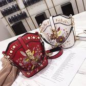 女包新款韓版刺繡花朵鍊條水桶包超火少女斜背小包 【限時優惠】